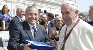 Papa Francesco con Enrico Castrucci