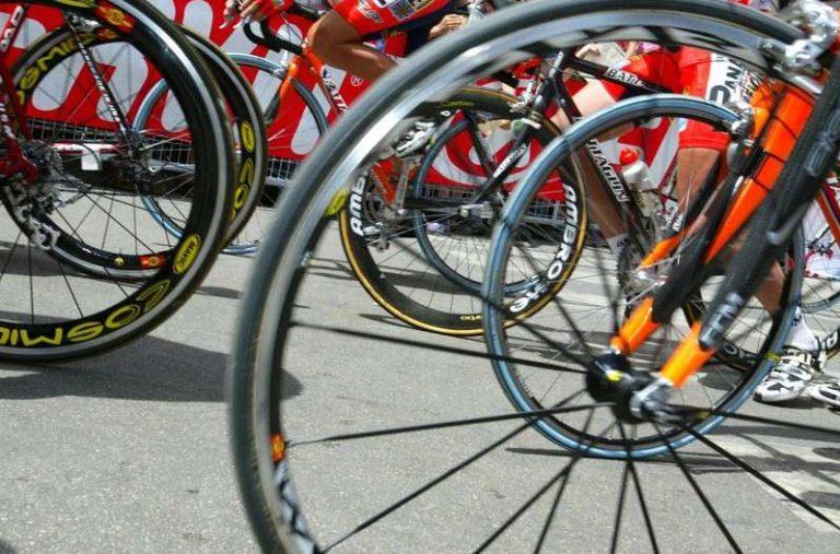 Ciclismo, Viviani d'oro agli Europei