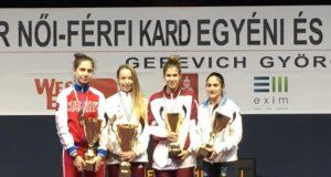 La Lucarini (la prima a dx) sul podio di Budapest
