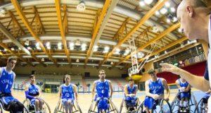 La Nazionale Under durante l'ultimo allenamento a Lignano Sabbiadoro