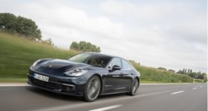 Panamera 4S Diesel Night Blue Metallic