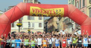 Vivicittˆ corsa podistica della uisp oggi 3 aprile 2011 a Brescia Vivicitta la partenza Ph Fotolive Christian Penocchioo