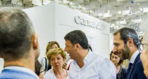 Renzi in visita allo stand Cantarelli