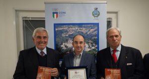 da sin. il presidente Riccardo Viola, il sindaco Stefano Petrucci, il delegato Luciano Pistolesi