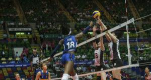 Paola Egonu in azione contro il Giappone