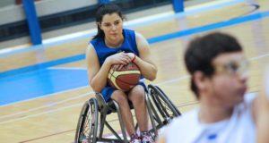 Beatrice Ion in allenamento con la maglia azzurra
