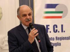 Renato Di Rocco, presidente della Federazione Ciclistica Italiana, saluta il GIC