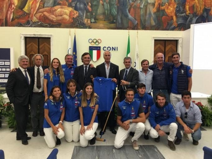 I due Polo Team Italia con i vertici FISE e il Presidente del CONI Giovanni Malagò / Photo Equi-Equipe