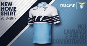 """La nuova maglia """"home"""" della SS Lazio per la stagione 2018/19 realizzata da Macron"""