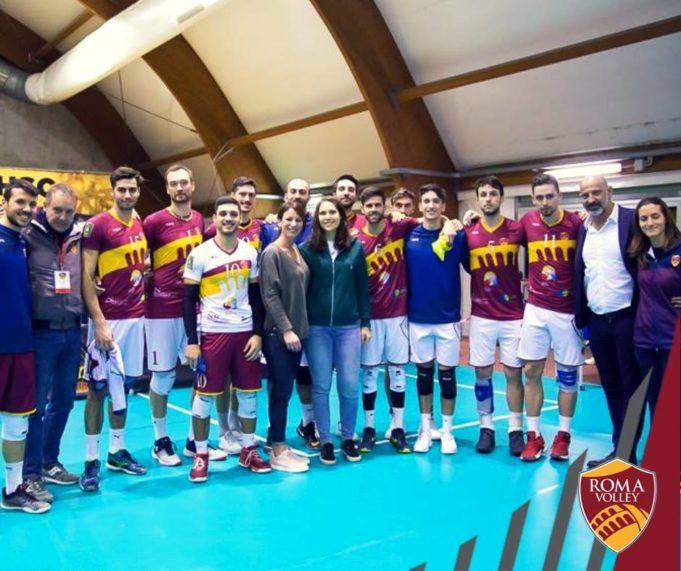 Loreta Gulotta assieme alla Roma Volley
