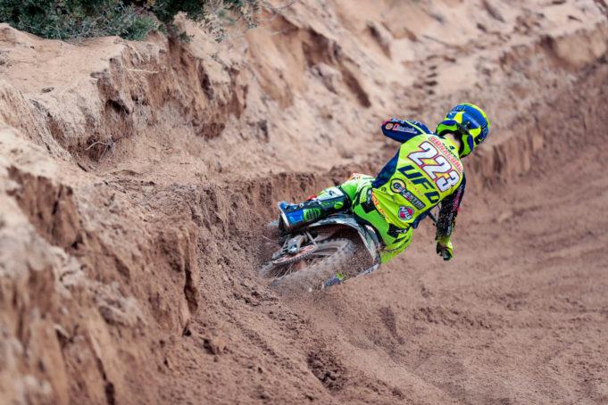Andrea Bonacorsi in trionfo nella classe 125cc a Riola Sardo
