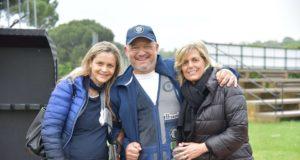 Il vincitore Rodolfo Viganò insieme alle responsabili della Bornaghi Gettinia Marrone e Alberta Ballini