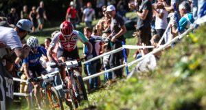 Il duello tra Nino Schurter e Gerhard Kerschbaumer ha caratterizzato i Campionati del Mondo di Cross Country 2019 - (Credits: Michele Mondini)