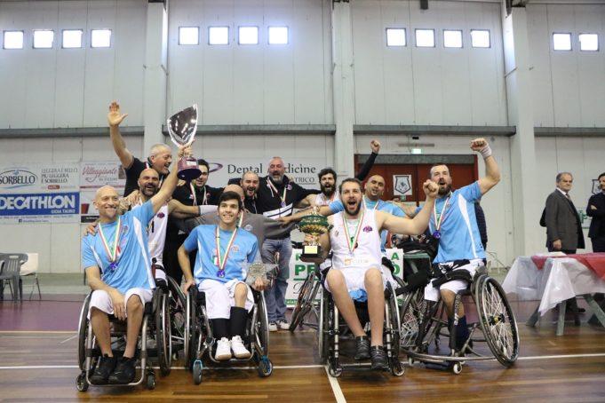 Il Padova Millennium Basket festeggia la vittoria della Serie B