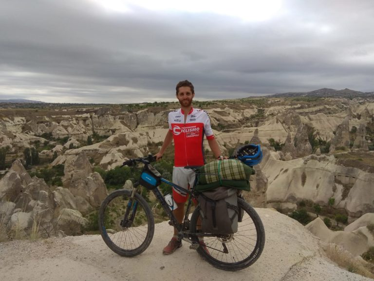 """Ciclismo, Valerio Rossi, missione compiuta: il """"solitario"""" è in Cappadocia"""